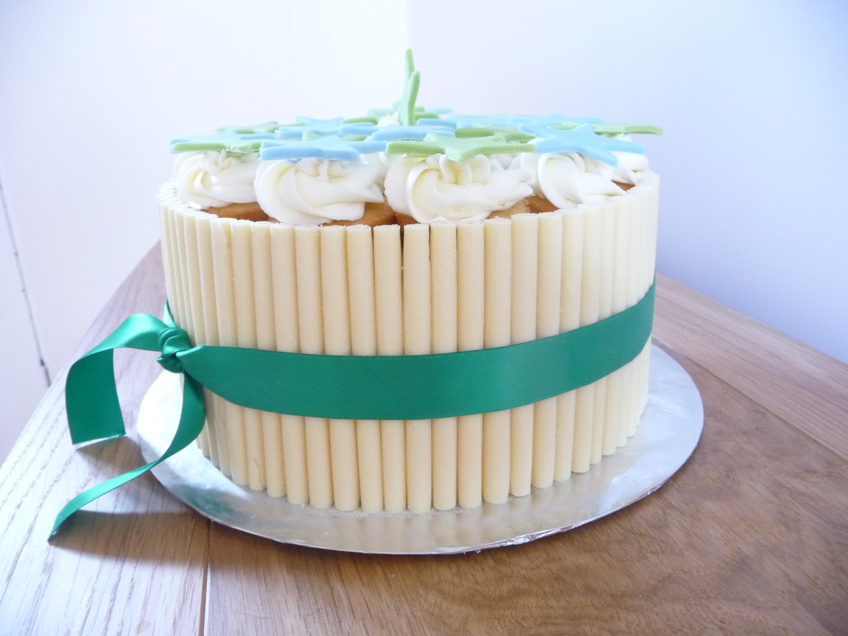 Jakes Vanilla Birthday Cake Cakey Kate - Birthday cake vanilla