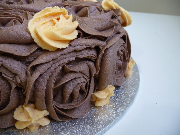 Chocolate and Orange Cake with Chocolate Vegan frosting (dairy free ...