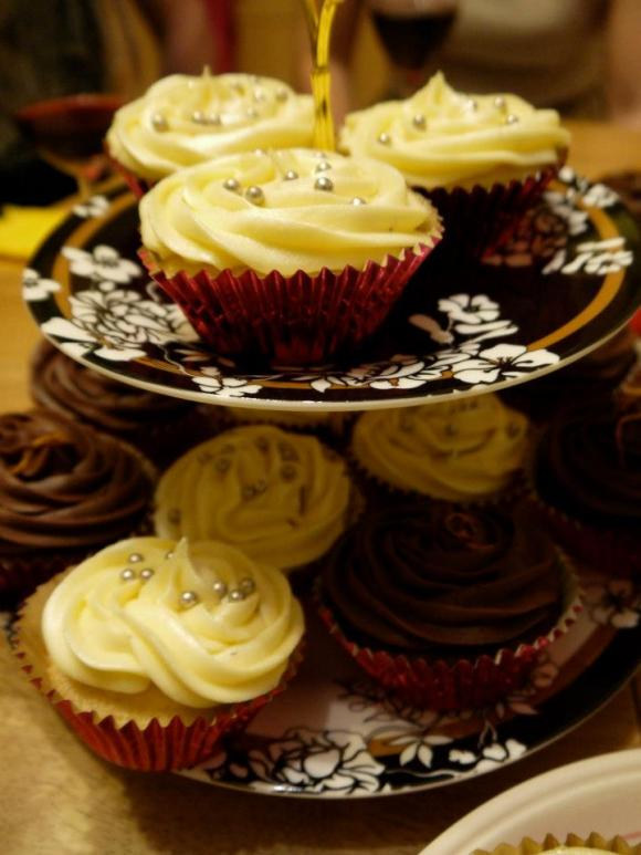 Christmas eggnog and chocolate orange cupcakes