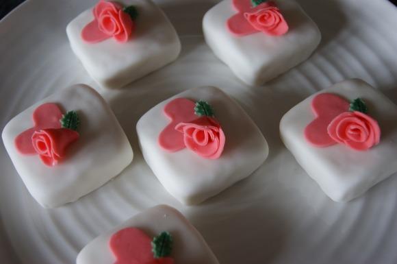 Cakeykate mini birthday cakes