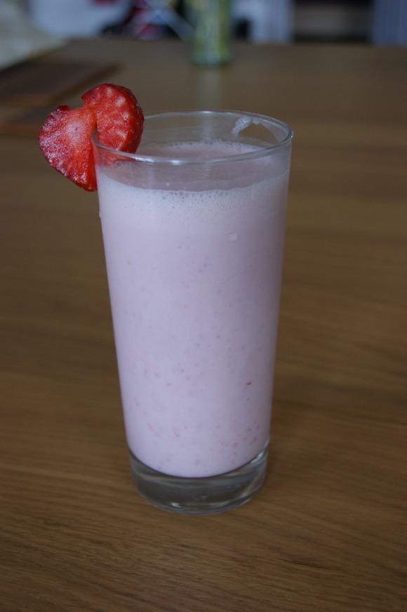 dairy free strawberry milkshake