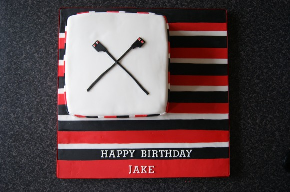 Thames rowing inspired birthday cake