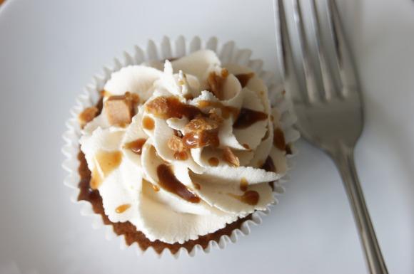 dairy free sticky toffee cupcakes
